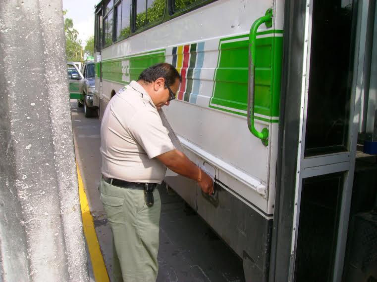 Fuera de circulación 200 unidades de Transporte Público por contaminar