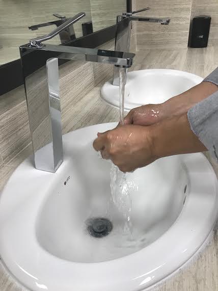 Lavado de manos, primera prevención de la salud