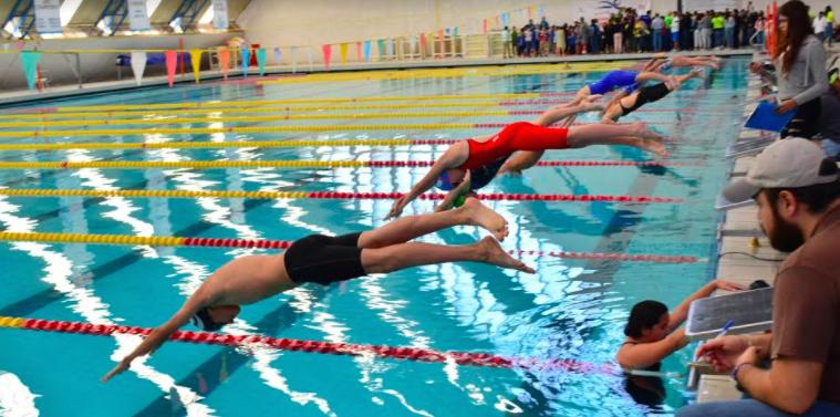 Finaliza campeonato corto de natación