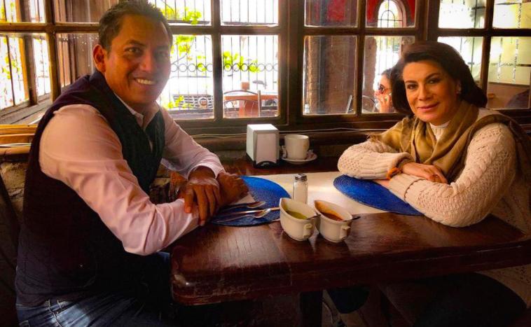 Le ofrece Lorena Martínez a Goyo Zamarripa una delegación