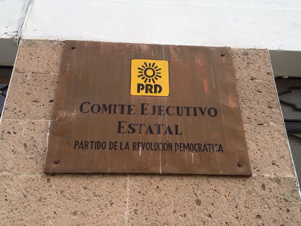 Denuncian perredistas imposición en El Llano