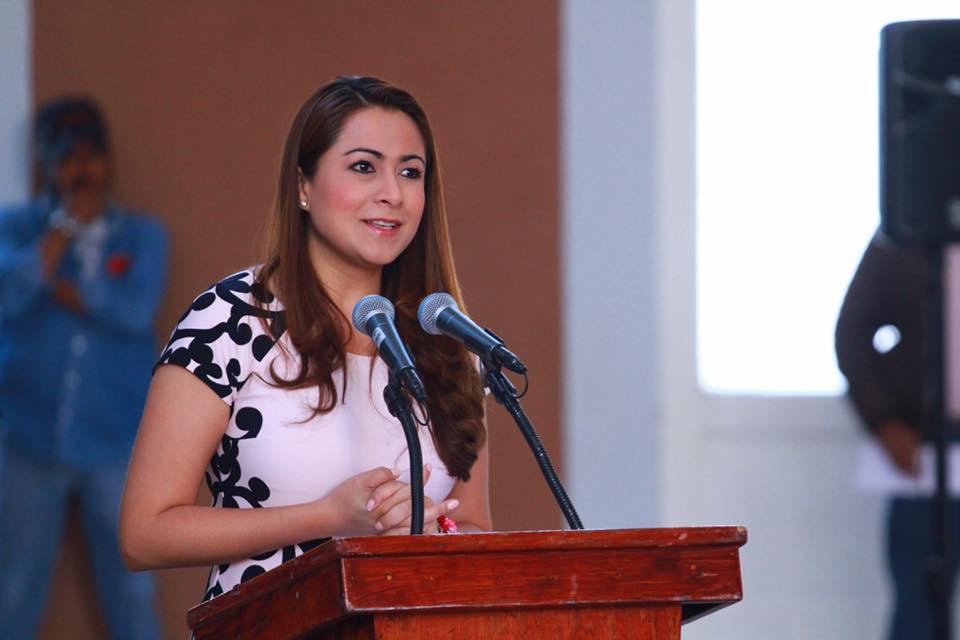 En abril solicitará Tere Jiménez licencia para buscar la reelección