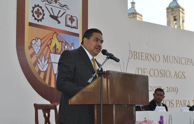 Gobierno de Cosío amenaza con embargar casas a morosos