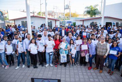 Entregó INEPJA 121 certificados de primaria y secundaria