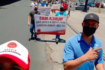Protestan por utilidades en NISSAN