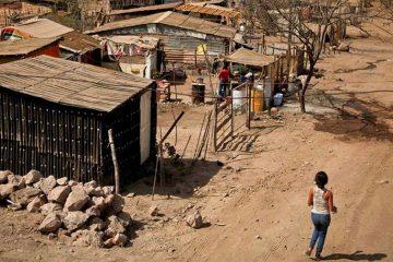 Desempleo en México, derrumba ingresos durante marzo y abril