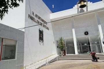 Pabellón evita el coyotaje con espacios del tianguis municipal