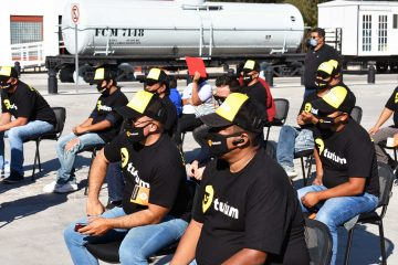 Pandemia y exceso de aplicaciones bajan servicios de taxi en 50%